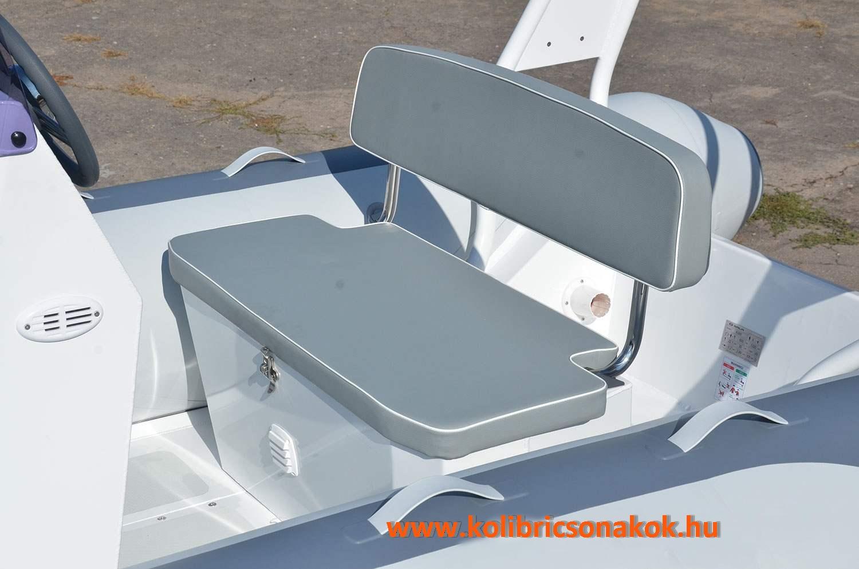 S-03 dupla ülés tágas tárolóval