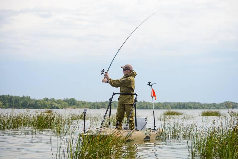 Kolibri Fish-n-go műanyag horgász kajak